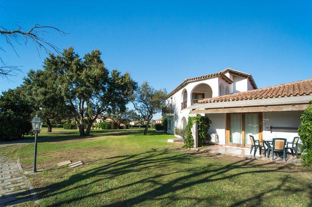 Liscia Eldi Resort San Teodoro Sardegna - Giardino Camere