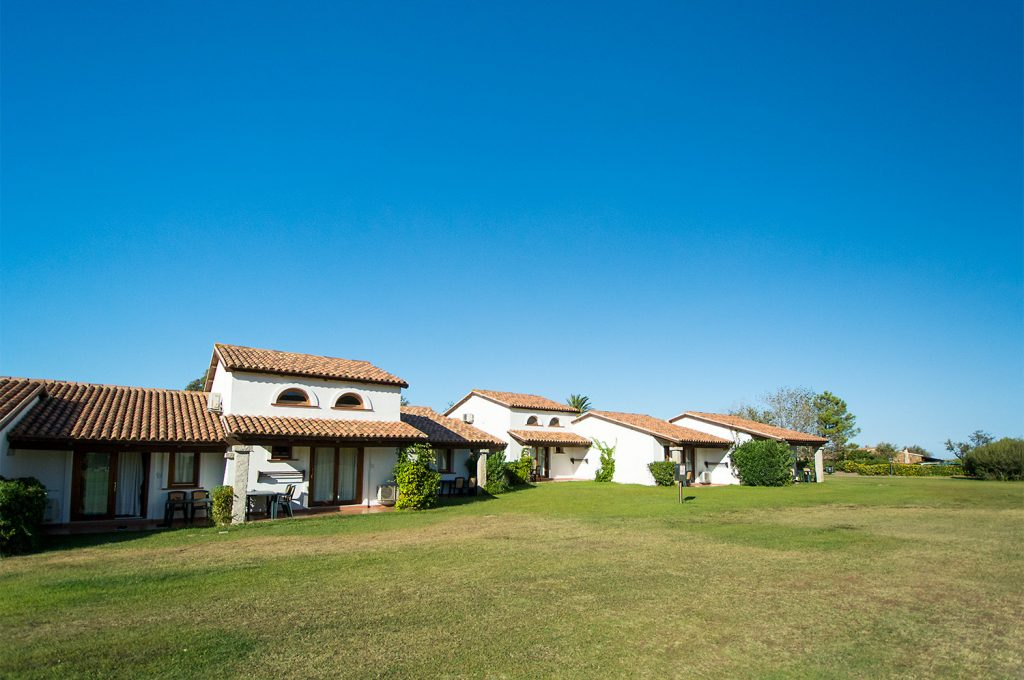 Liscia Eldi Resort San Teodoro Sardegna - Camere con Giardino