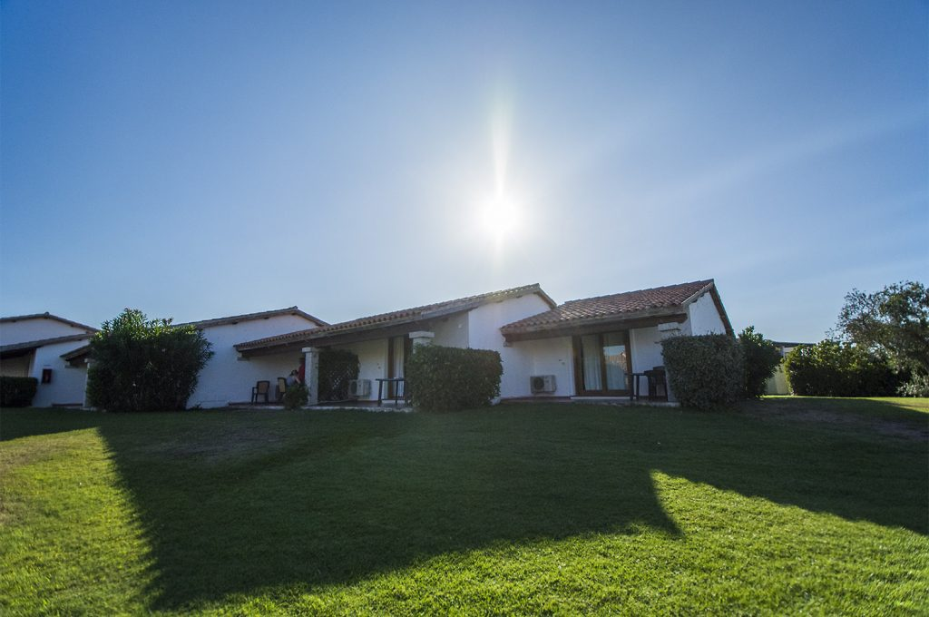 Liscia Eldi Resort San Teodoro Sardegna - Camere con spazio verde