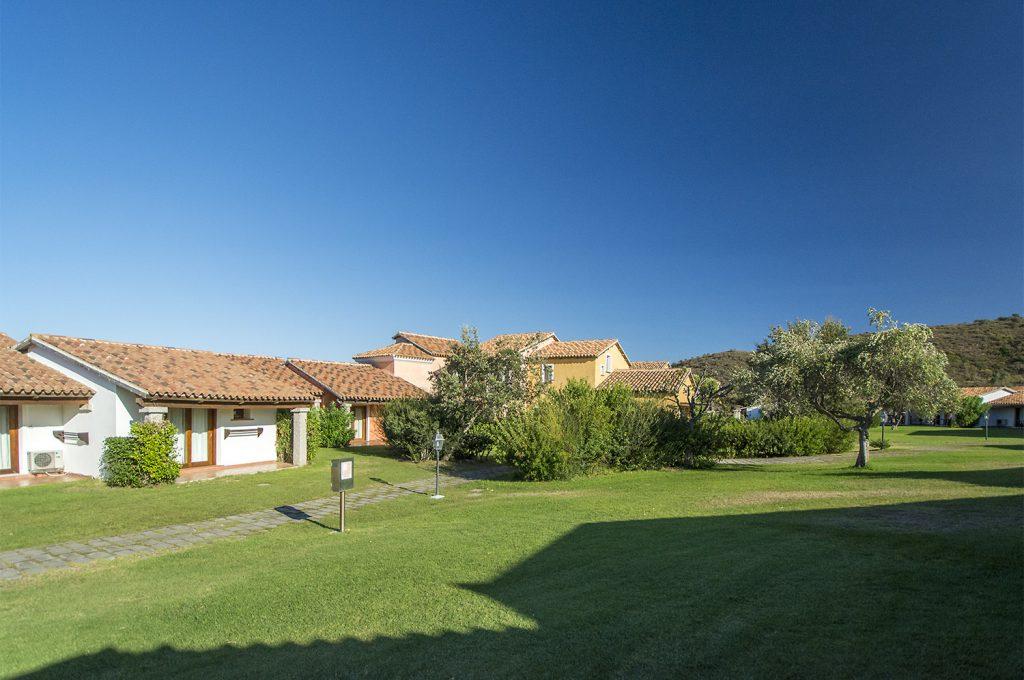 Liscia Eldi Resort San Teodoro Sardegna - Giardino esterno